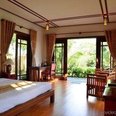 Отель Riverside Bamboo Resort Хойан комната для гостей фото 4