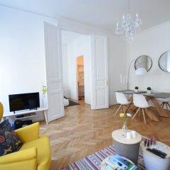 Апартаменты Standard Apartment by Hi5 - Rózsa street Будапешт комната для гостей фото 2