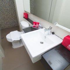 Отель ZEN Rooms Sukhumvit 11 ванная