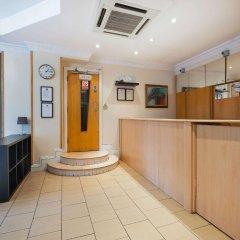 Отель Comfort Inn St Pancras - Kings Cross Великобритания, Лондон - отзывы, цены и фото номеров - забронировать отель Comfort Inn St Pancras - Kings Cross онлайн интерьер отеля