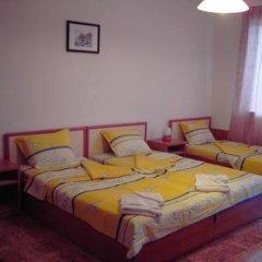 Отель Nelly Guest House Болгария, Равда - отзывы, цены и фото номеров - забронировать отель Nelly Guest House онлайн комната для гостей фото 4