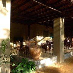 Отель Dunes Unawatuna Hotel Шри-Ланка, Унаватуна - отзывы, цены и фото номеров - забронировать отель Dunes Unawatuna Hotel онлайн питание