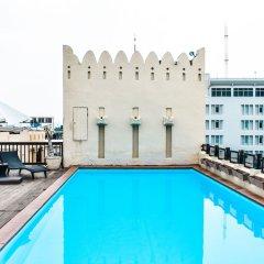 Отель Dewan Bangkok бассейн фото 3