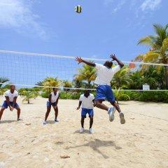 Отель Luxury Bahia Principe Runaway Bay All Inclusive, Adults Only спортивное сооружение
