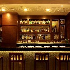 The Metropolitan Hotel and Spa New Delhi in New Delhi, India from 156$, photos, reviews - zenhotels.com hotel bar