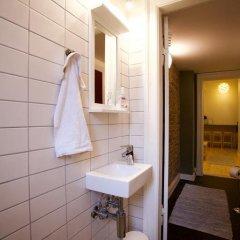 Отель SimpleBed Hostel Дания, Орхус - отзывы, цены и фото номеров - забронировать отель SimpleBed Hostel онлайн ванная
