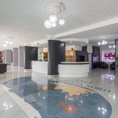 Punta Nord Village & Hotel интерьер отеля