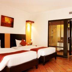 Отель All Seasons Naiharn Phuket 3* Стандартный номер с различными типами кроватей