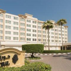 Отель Coral Beach Resort - Sharjah ОАЭ, Шарджа - 8 отзывов об отеле, цены и фото номеров - забронировать отель Coral Beach Resort - Sharjah онлайн вид на фасад