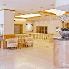 Отель Le Châtelain гостиничный бар
