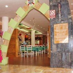 Hotel Majestic Mamaia детские мероприятия фото 2