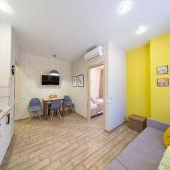 Апартаменты More Apartments na GES 5 (2) Красная Поляна комната для гостей