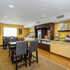 Отель Towneplace Suites Baltimore Fort Meade Аннаполис-Джанкшн питание фото 3