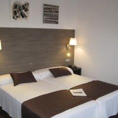 Отель Suites A Coruña комната для гостей фото 4