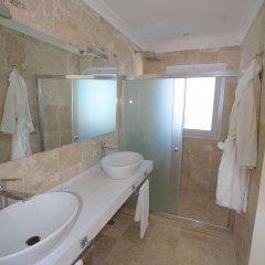Oasis Hotel ванная