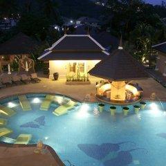 Отель Print Kamala Resort бассейн
