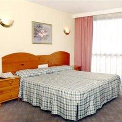 Отель Medina Azahara Торремолинос комната для гостей