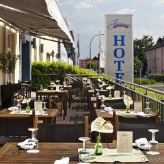 Fleming's Conference Hotel Frankfurt питание