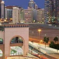Отель DoubleTree by Hilton Hotel and Residences Dubai Al Barsha ОАЭ, Дубай - 1 отзыв об отеле, цены и фото номеров - забронировать отель DoubleTree by Hilton Hotel and Residences Dubai Al Barsha онлайн балкон