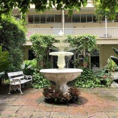 Отель Feung Nakorn Balcony Rooms and Cafe фото 19