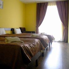 Hotel Cisar сейф в номере