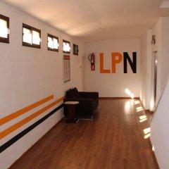 Отель Apartaments La Perla Negra интерьер отеля