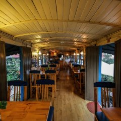 Отель Dalat Train Villa Далат гостиничный бар