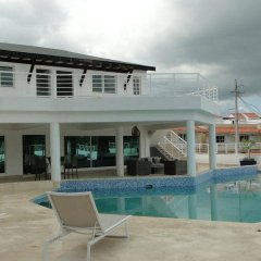 Отель Vista Marina Residence Доминикана, Бока Чика - отзывы, цены и фото номеров - забронировать отель Vista Marina Residence онлайн бассейн фото 3