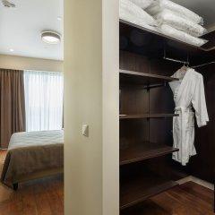 Апартаменты Diamond Apartments сейф в номере