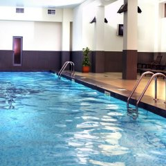 Ани Плаза Отель бассейн