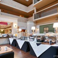 Отель Best Western Village Park Inn Канада, Калгари - отзывы, цены и фото номеров - забронировать отель Best Western Village Park Inn онлайн гостиничный бар