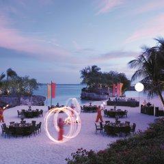 Отель Shangri-La's Mactan Resort & Spa гостиничный бар