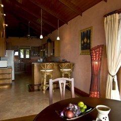 Отель Sandalwood Luxury Villas в номере