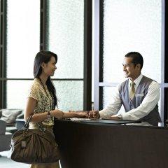 Отель Novotel Bangkok Ploenchit Sukhumvit интерьер отеля