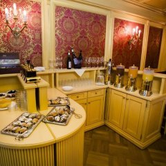 Luxury Family Hotel Royal Palace питание фото 3