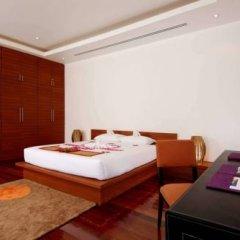 Отель The Residence Resort & Spa Retreat сейф в номере