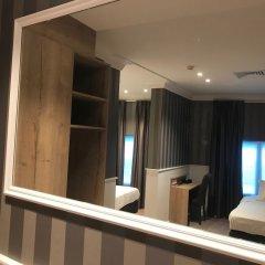 Hans Memling Hotel в номере