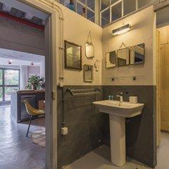 Отель La Petite Maison de Lapa Португалия, Лиссабон - отзывы, цены и фото номеров - забронировать отель La Petite Maison de Lapa онлайн ванная фото 2