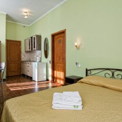 Гостиница Мини-Отель Анна в Ялте 9 отзывов об отеле, цены и фото номеров - забронировать гостиницу Мини-Отель Анна онлайн Ялта комната для гостей фото 8