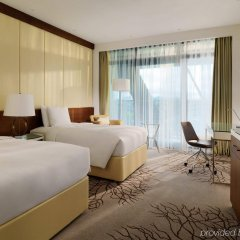 Renaissance Minsk Hotel комната для гостей