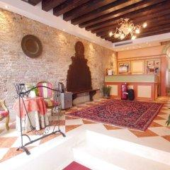 Отель Ca' Dei Polo Италия, Венеция - отзывы, цены и фото номеров - забронировать отель Ca' Dei Polo онлайн интерьер отеля