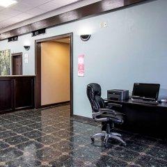Отель Econo Lodge Kingsville США, Кингсвилль - отзывы, цены и фото номеров - забронировать отель Econo Lodge Kingsville онлайн интерьер отеля