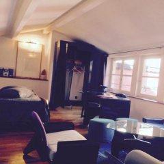 Отель La Tour Rose в номере