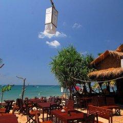 Отель Lanta Palace Resort And Beach Club Таиланд, Ланта - 1 отзыв об отеле, цены и фото номеров - забронировать отель Lanta Palace Resort And Beach Club онлайн приотельная территория фото 2