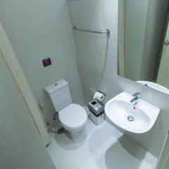 Отель ZEN Rooms Chinatown Bangkok ванная фото 2
