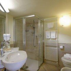 Отель San Francesco Hotel Италия, Лорето - отзывы, цены и фото номеров - забронировать отель San Francesco Hotel онлайн ванная фото 2