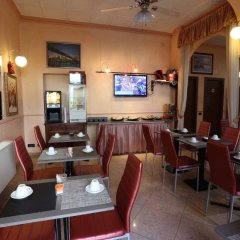 Отель PIOLA Милан гостиничный бар