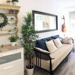 Отель Cozy & beautiful flat in great location Лиссабон комната для гостей фото 4