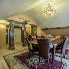 IMPERIAL Hotel & Restaurant Вильнюс питание