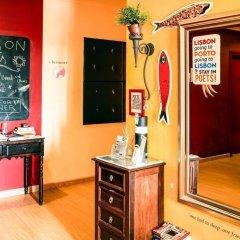 Lisbon Poets Hostel Лиссабон удобства в номере